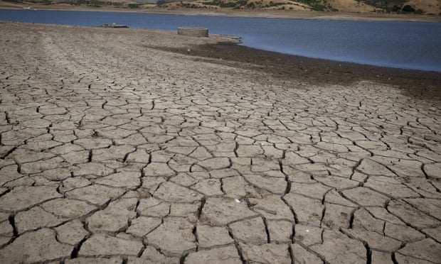 Silicon Valley cracks down on water use as California drought worsens