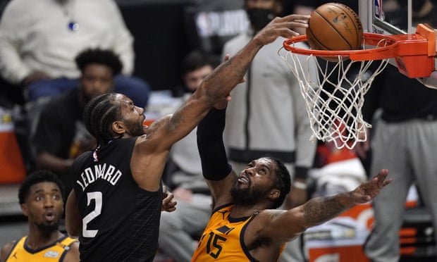 Breathtaking Kawhi Leonard dunk helps Clippers tie playoff series with Jazz